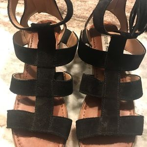 Shoes. Excellent condition, only worn 1-2 times